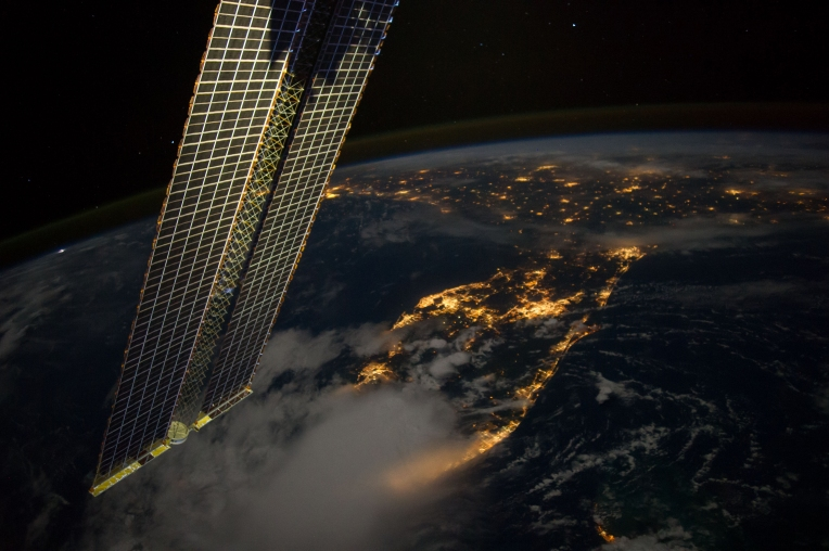 Florida to Louisiana Viewed From the International Space Station NASA astronaut Reid Wiseman captured this image of Florida to Louisiana just before dawn, taken from the International Space Station, and posted it to social media on Friday, Sept. 12. Wiseman, Commander Max Suraev and Flight Engineer Alexander Gerst began their first full workweek Monday as a three-person crew aboard the space station, while the three additional flight engineers who will round out the Expedition 41 crew spent the day training for next week's launch to the orbiting complex. Courtesty of NASA