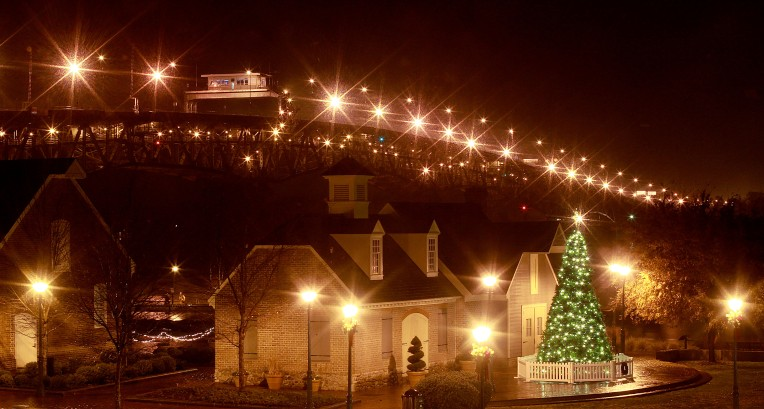 DP Yorktown Christmas Tree