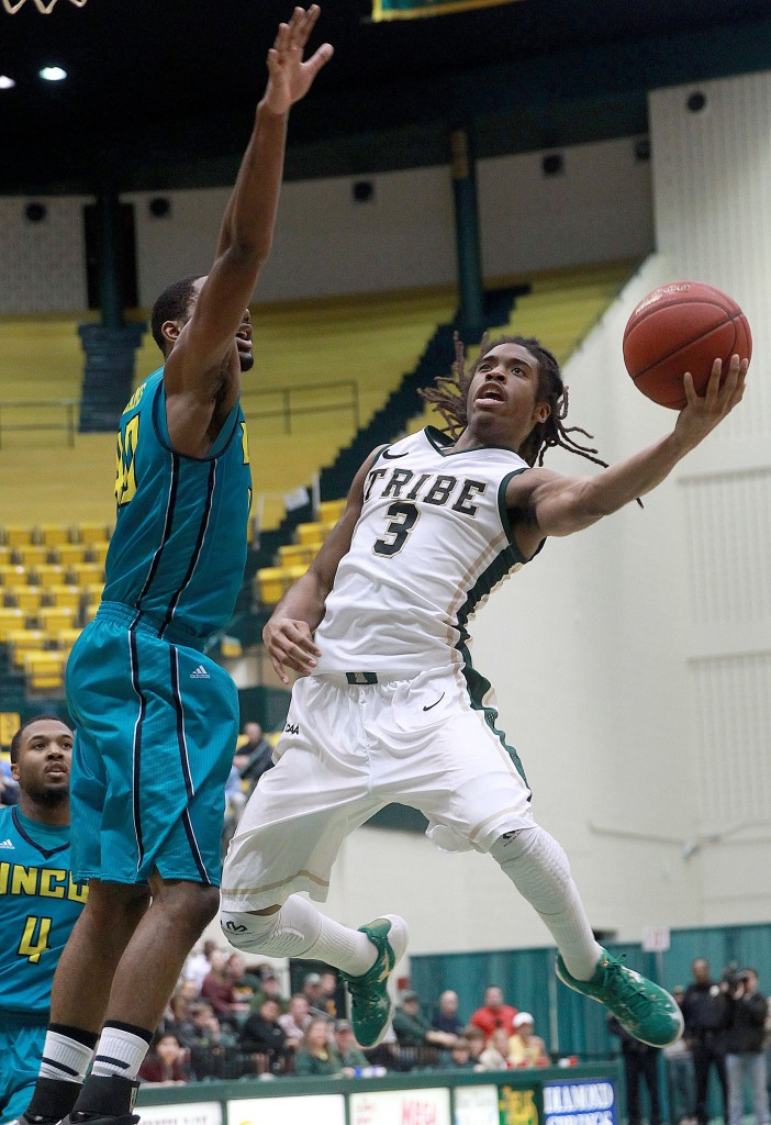 William & Mary 76, UNC Wilmington 72
