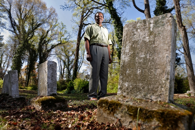 Will Harper is part of the William Tucker 1624 Society and is planning a clean-up effort on Sunday, April 2, 2016 for the once abandoned Tucker Family Cemetery in Hampton.